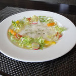 ホテル石垣島 - 前菜 近海魚のオリーブオイルでマリネしたサラダ仕立て