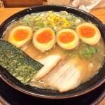 一郎 - 料理写真:煮玉子ラーメン