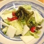 つかさ - 海ぶどうと山芋のサラダ(630円)