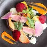 フフレキッチン - 鴨のローズト トマトピューレとゴルゴンゾーラのクリーム