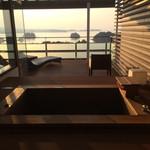 32129122 - 客室の露天風呂