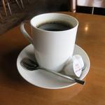 STRONG BOSS SALOON - ドリンク写真:コーヒー400円をいただきました。