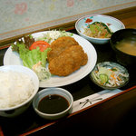 レストラン海斗 - メンチカツ定食(700円)