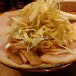 鐵 - 味噌チャーシュー麺(トッピング:ネギ)