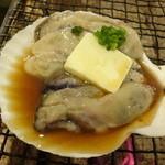 32151885 - 大粒牡蠣にんにく貝焼き