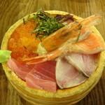 32151887 - トロ函海鮮丼
