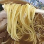 32157064 - ラーメン 麺アップ