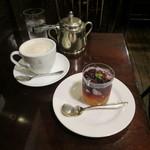 西洋菓子 しろたえ - ぶどうのゼリー&カフェ・オレ