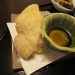 32159654 - おばんざい御膳の「イカの天ぷら」