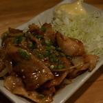 一膳飯屋 八起 - 豚とろにんにく醤油炒 500円