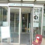 sud PONTE VECCHIO-sud CAFFE - 入口