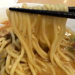 ゑびな軒 - 麺は太めで300gあり〼