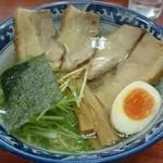らぁめん こもん - 濱塩らぁ麺肉のせ930円(2014/11)