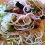 ビストロ ヴォージュ - 茄子とベーコンのスパゲッティ