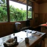 豆腐茶屋 佐白山のとうふ屋 - イートインスペース。