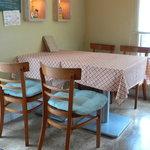 RESTAURANT+CAFE  Dahlia - 明るいテーブル席