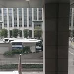 トラットリア パパミラノ - 東京駅北口の外側の風景が眺められます