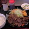 焼肉レストラン - 料理写真:H26.11.2 牛カルビ定食900円