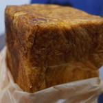 モンシェール - これが噂のデニッシュ食パン