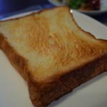 モンシェール - 厚切りでトーストが一番