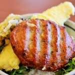 丸亀製麺 - さつま揚げとイカ天と舞茸天に天丼用ごはん