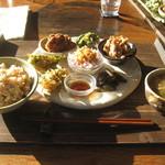 穀菜茶房 こと葉 - ランチプレート