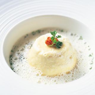 世界中の美食家に愛され続けるスペシャリテ