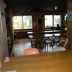 あきゅらいず 森の食堂 - 客席の一部。