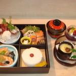 葉ら - 御法事・御祝・仕出し等のお懐石弁当¥3500