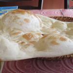 サンローズ インドレストラン&バー - ナン