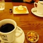 ダフネ珈琲館 - ホットコーヒー、ホットケーキセット
