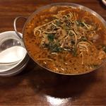 北京亭 - ラム肉担担麺小鍋