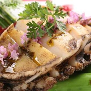 積丹産蝦夷あわびのステーキ