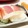 神戸クックワールドビュッフェ - 料理写真:ディナータイムのお寿司はオススメ!
