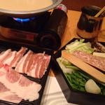 32224515 - 沖縄料理とあぐー豚しゃぶしゃぶ鍋食べ放題(¥1,680) しゃぶしゃぶ具材初回分