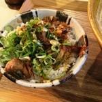 味噌乃家 - ミニチャーシュー飯
