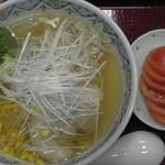 恋路茶屋 - トマトラーメン(真上)