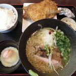鶏そば 本店 - 塩鶏ソバ650円+山賊焼のセット500円