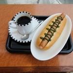 ツバキCafe - バジルドック+コーヒー