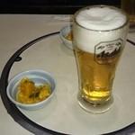 魚寅食堂 - お通しとビール