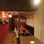 六本木 肉とワイン Uchibito - 店内