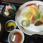 仲よし - 天ぷら定食 (お昼限定)