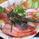 Kaneshou - 海鮮丼