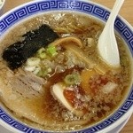 麺屋 一茶 - 味玉醤油豚骨¥800