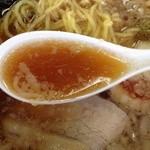 麺屋 一茶 - スープ