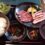 炭火焼肉 寿門 - Aセット