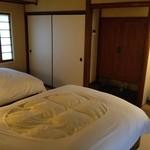 山荘無量塔 - 寝室はベッドです