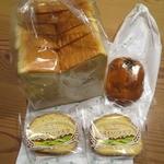 32300225 - 美瑛ゆめちから食パン1斤6枚入                       びえいのあんぱん1個(もう1個は車中で完食済)                       びえいのラスク2枚入2個