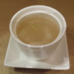 Tentsuusaikan - 海鮮焼きそばセットの冬瓜と貝柱のスープ。