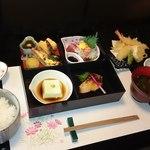 おもち茶屋 - 料理写真:松花堂弁当(予約制)2000円